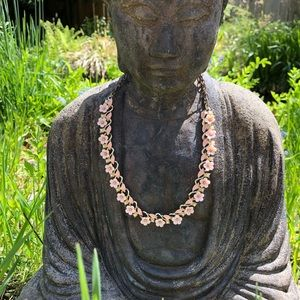 Jewelry - Vintage Pink Flower Necklace